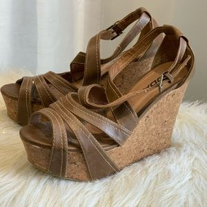 Soda brown strappy wedges size 6